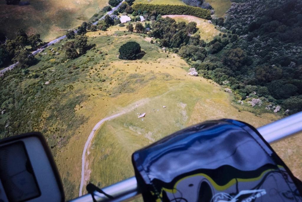 Marriners lookout Apollo Bay 800 feet below my hang glider