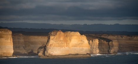 Cliffs and caves near Port Campbell