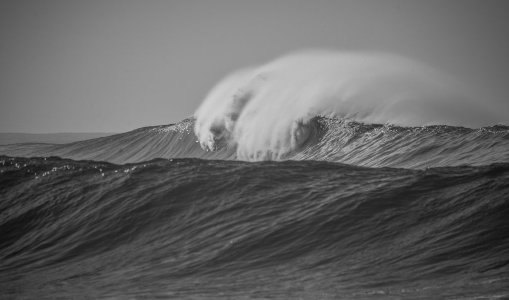 Waves breaking over Little Henty Reef