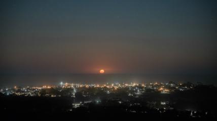 Full moon rising over Apollo Bay
