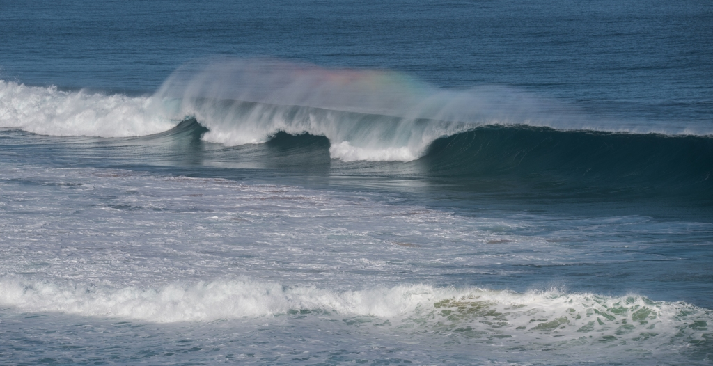 Big swell at Gibson Steps