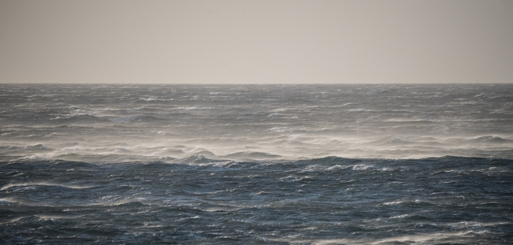 Gale force winds on sea at Apollo Bay