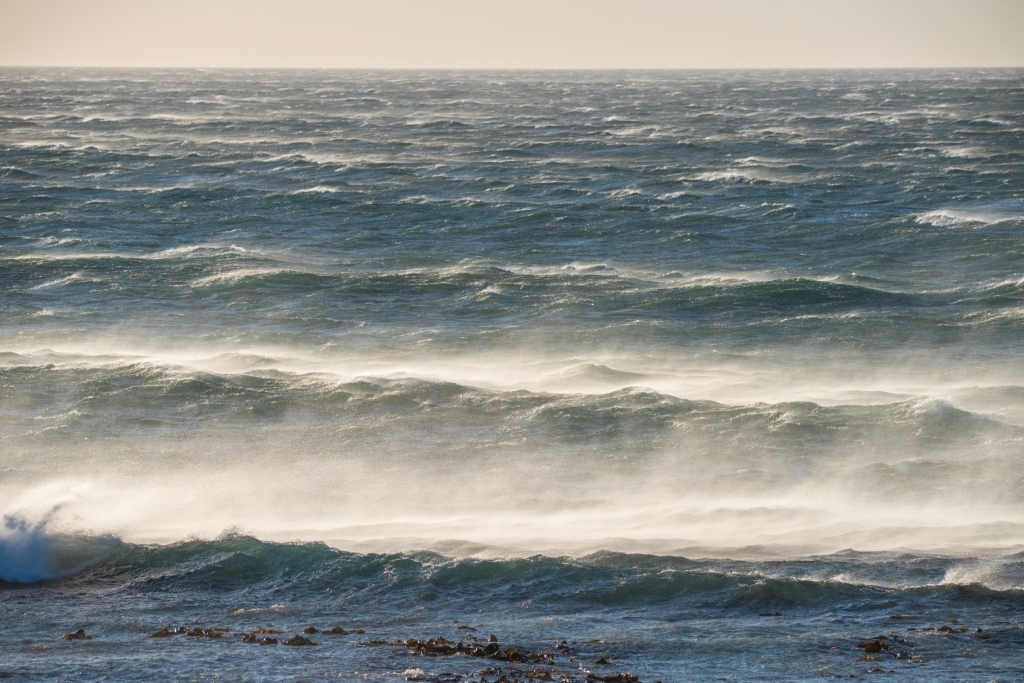 Gale force winds on the ocean at Point Bunbury