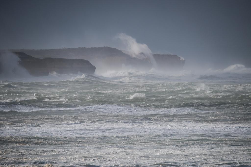 Huge surf breaking on cliffs near Peterborough