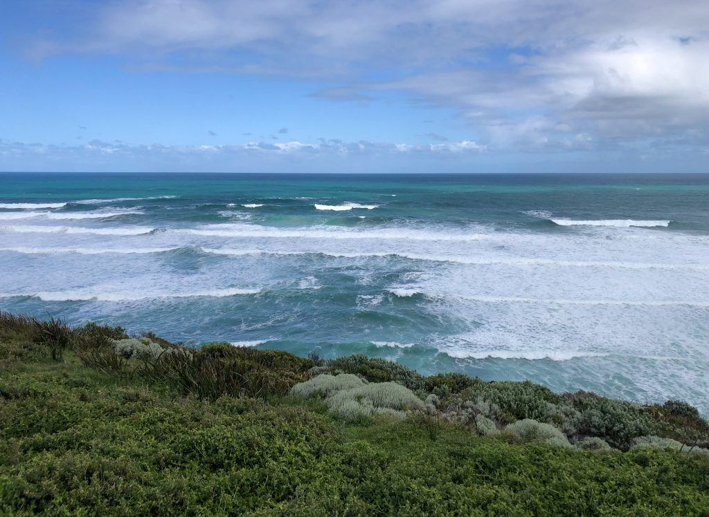 Surf and rip at Flaxmans Hill