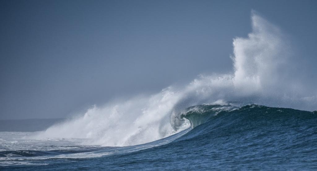 Breaking wave on Little Henty Reef exploding skywards.