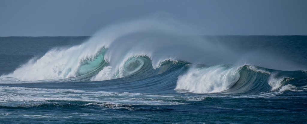 Double barrel wave